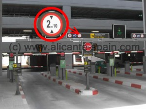 Maximum Height of Cars Parking at Alicante Airports parking building