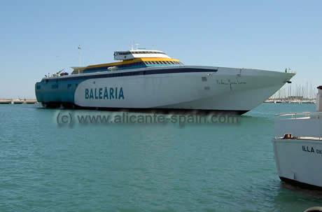 5 barco en Alicante