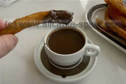 chocolate and churros in la villajoyosa
